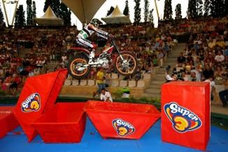 Toni Bou (foto de Octagon) en el trial Indoor de Tarragona